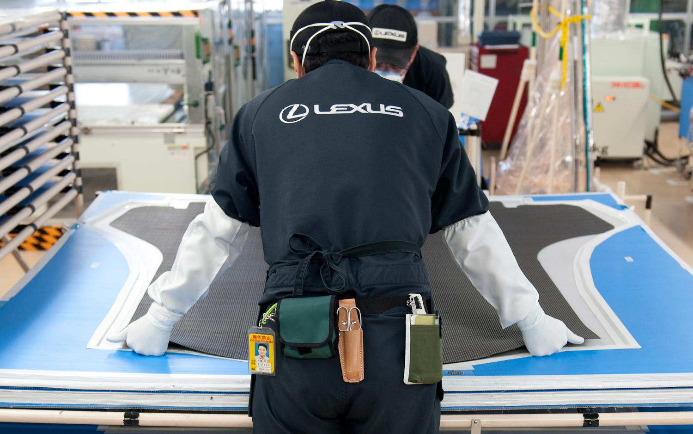 Inside-Lexus-LFA-Works-fabric-measure.jpg